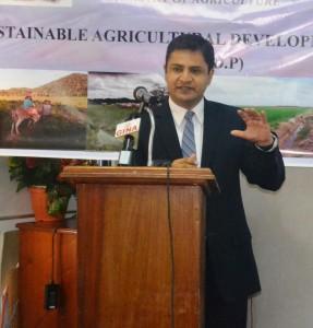 IDB Team Leader, Juan de Dios Mattos