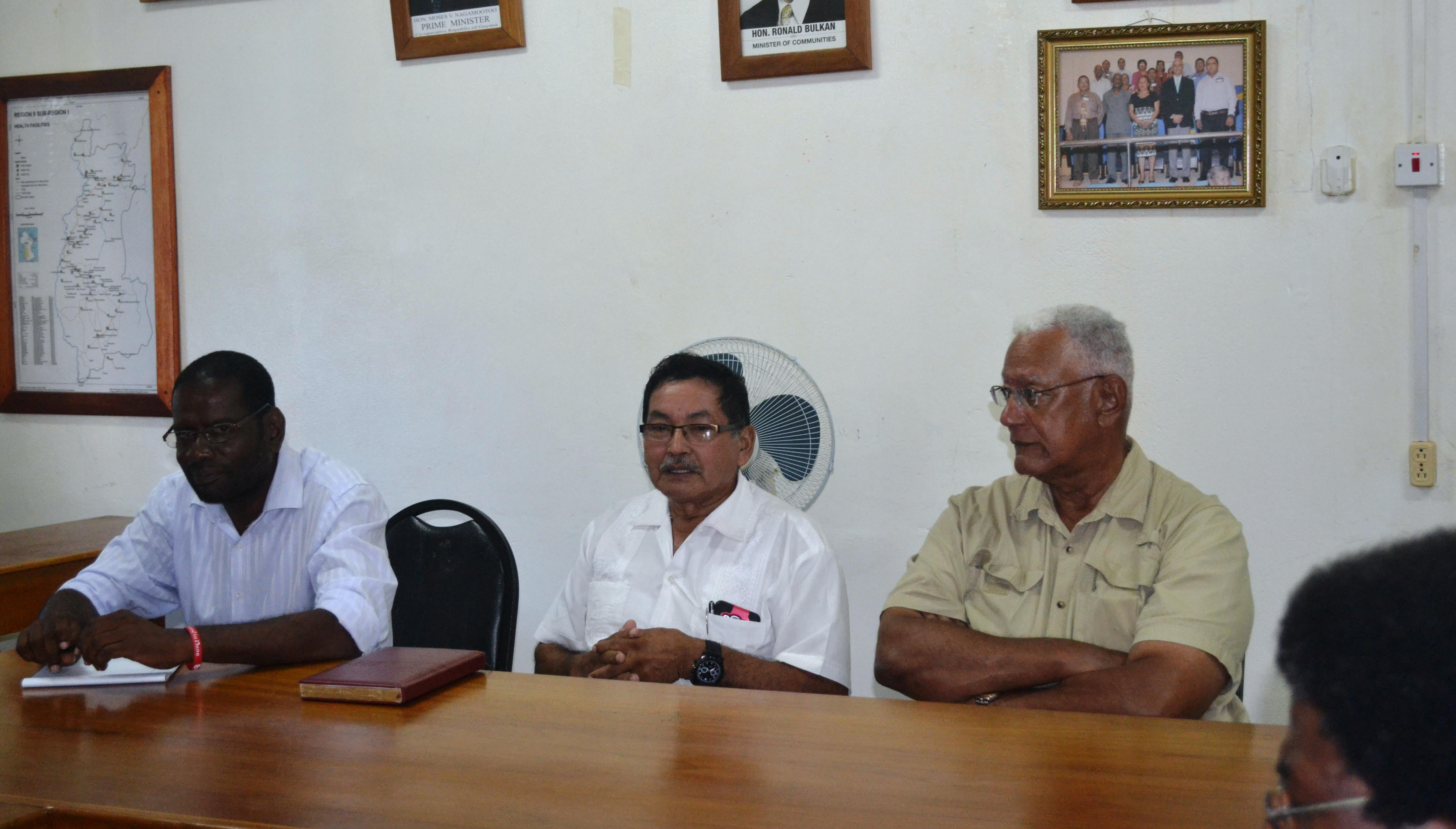 From left- Regon 9 REO Kerwin Ward, Regional Chariman Bryan Allicock and Agriculture Minister, Noel Holder during the meeting