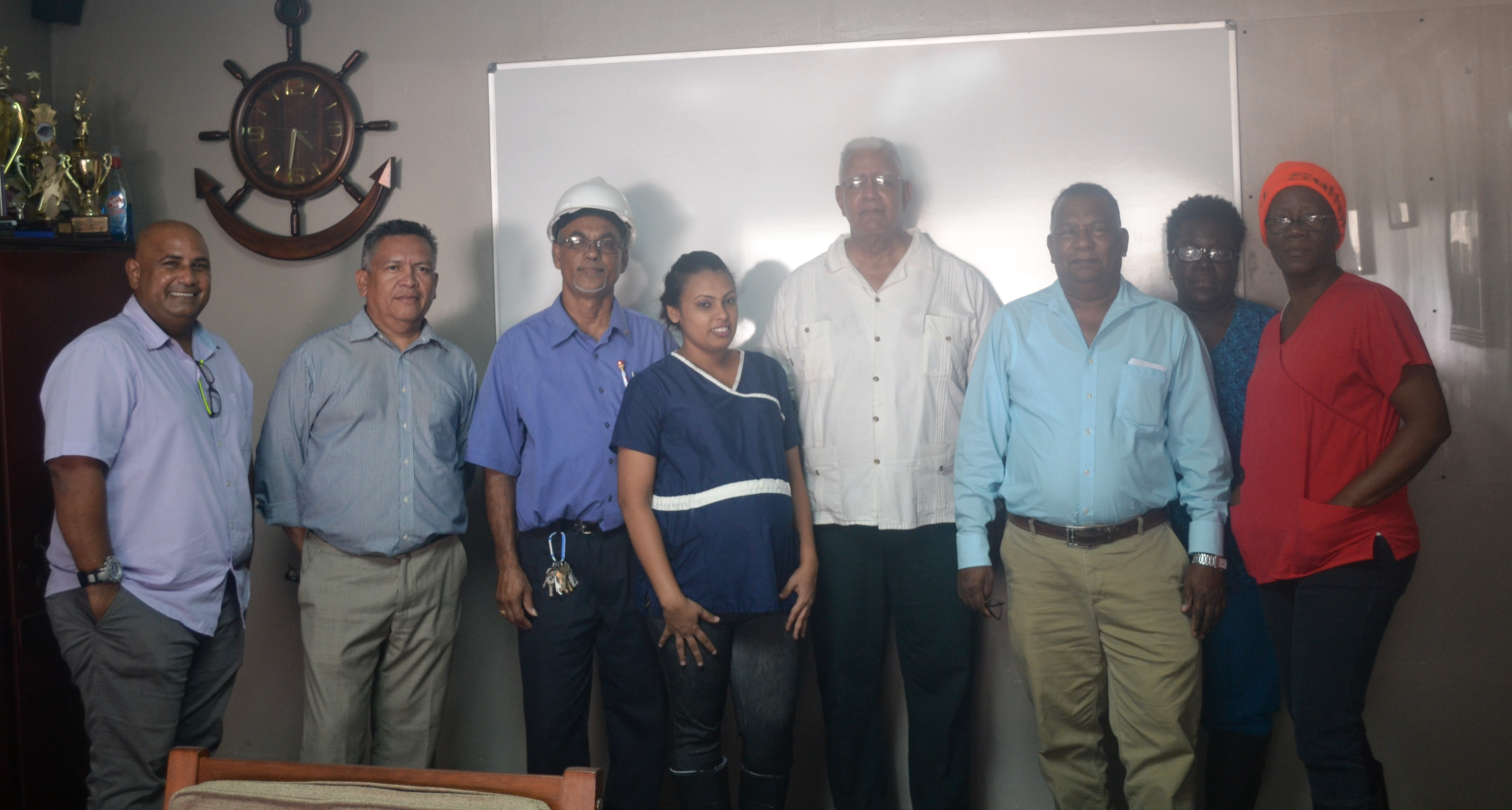 Minister Holder, officials from Noble House Seafood and other Ministry of Agriculture officials