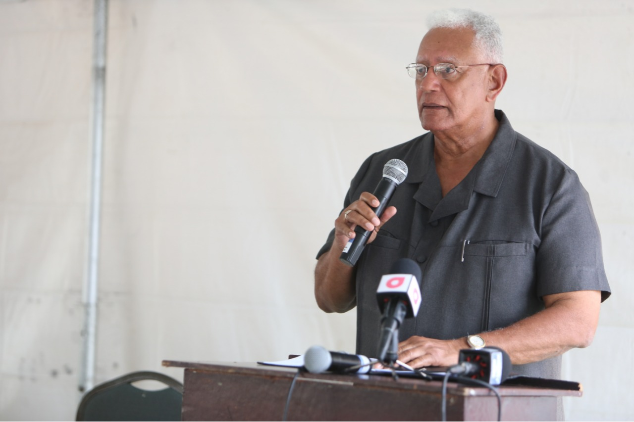 Honourable Minister of Agriculture Noel Holder gives his address